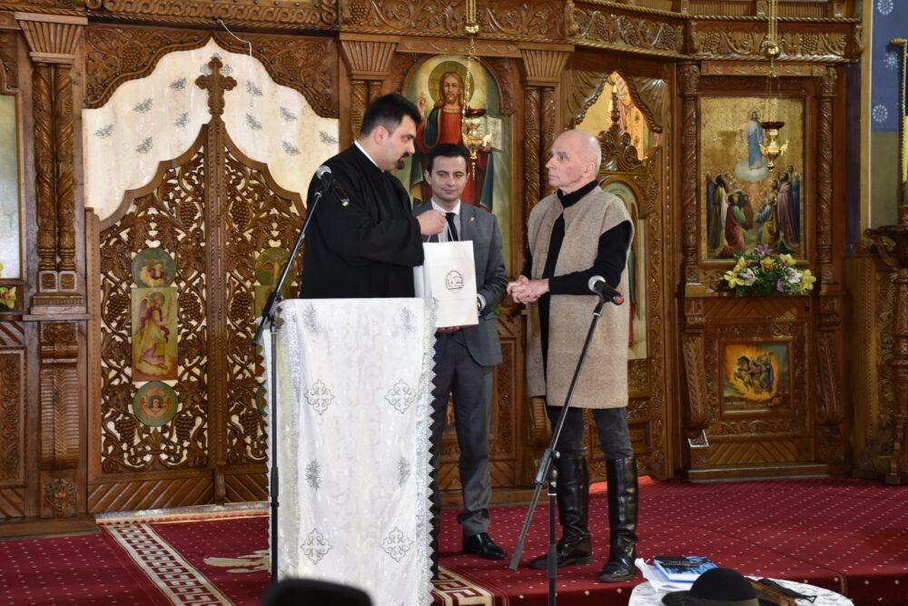 Lansare de carte și recital. Grigore Leșe la Satu Mare