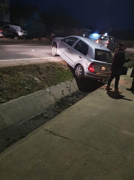 Masina cu numere de Satu Mare, implicata intr-un accident la Seini (Foto)