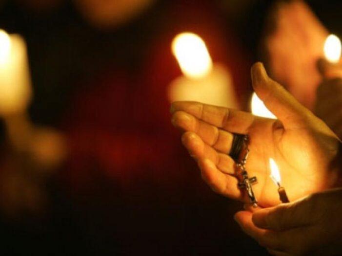 Pentru slujbele de Pastele Catolic, circulatia permisa intre orele 20.00 și 02.00, la Satu Mare