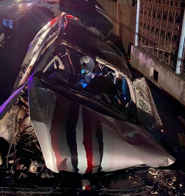 Jandarm mort într-un accident ! S-a izbit cu mașina de un cap de pod ! (Foto)