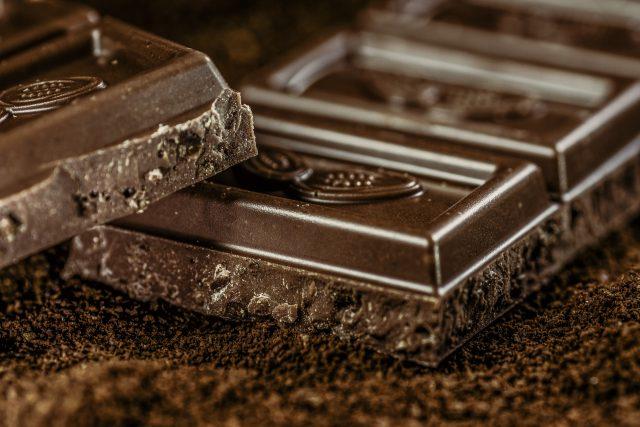 Ciocolata care nu îngrașă. Produs fără zahăr creat de cercetătorii români