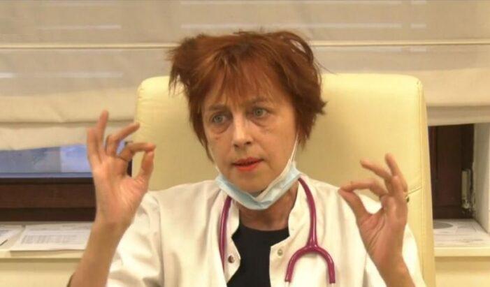 O doctorita risca să fie data afara din medicina ! Vorbește despre rezervele pe care le are cu privire la protocoalele anti-Covid (Video)