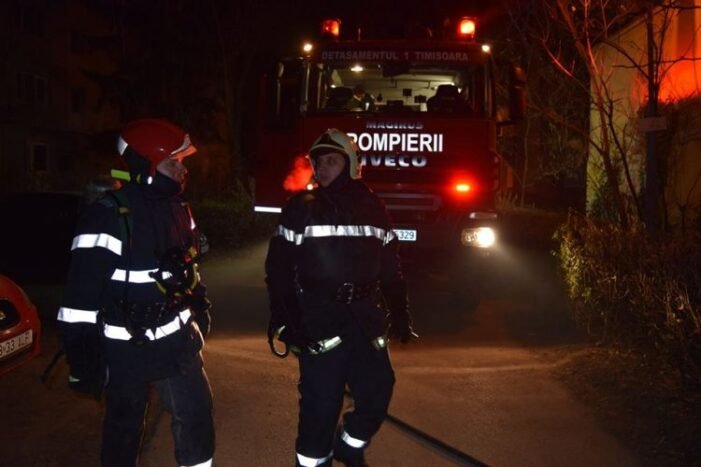 Tragedie in judetul vecin. Trei oameni au ars de vii in casa