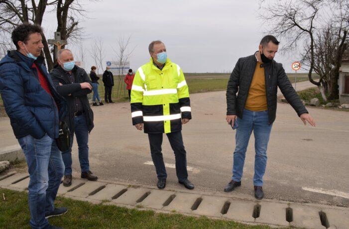 Drumul spre Potau, receptionat de Consiliul Judetean (Foto)