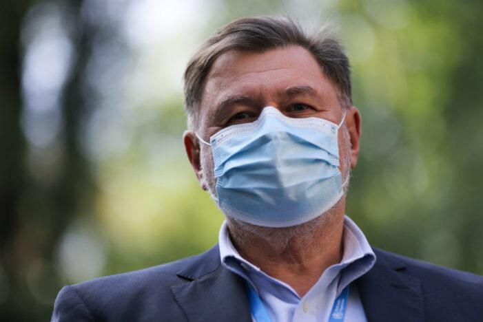 "Alexandru Rafila: ""Restricţiile stupide, trebuie ridicate imediat"""