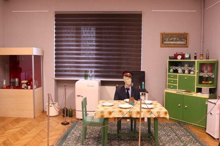 Amintiri din comunism. Le găsiți expuse la Muzeul Judetean (Foto)