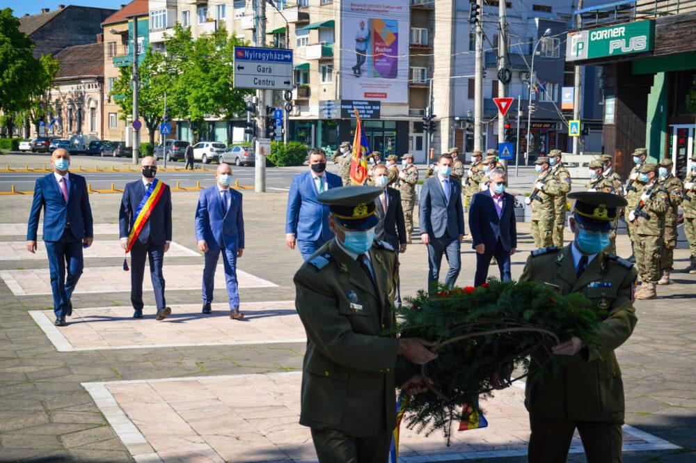 9 Mai – Ceremonie restransa la Satu Mare (Foto)