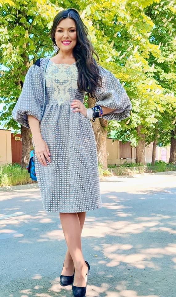 Paula Seling a imbracat o rochie creata la Satu Mare (Foto)