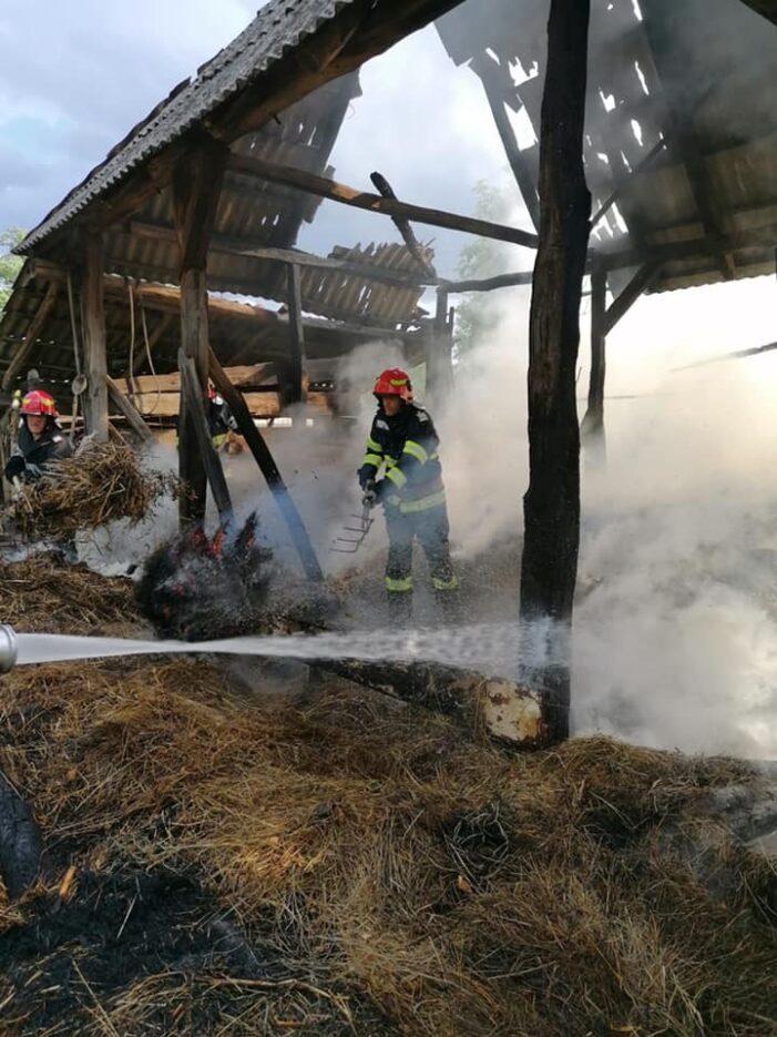 Un fanar din Vama a luat foc (Foto)