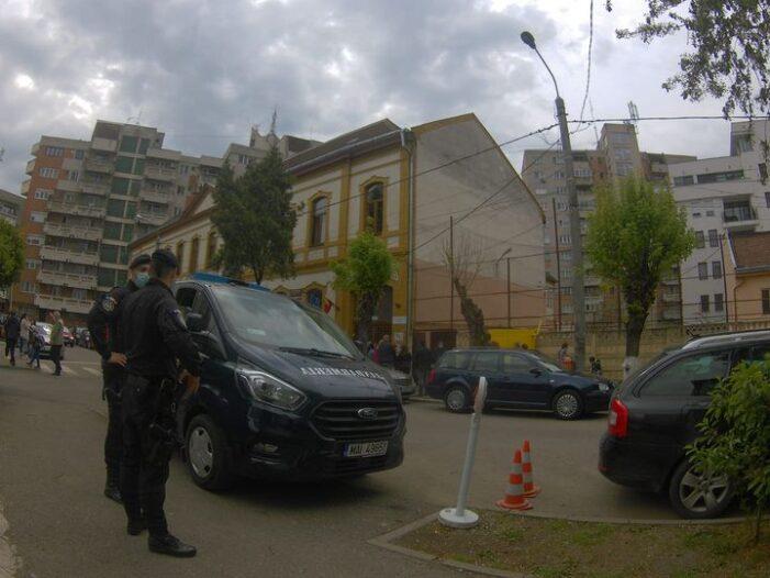 Jandarmii prezenti pe lângă școli. Cei care nu respecta regulile, buni de plata !