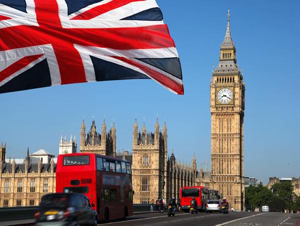 Guvernul britanic vrea să introducă o taxă vizitatorilor ! Când intra în vigoare ?