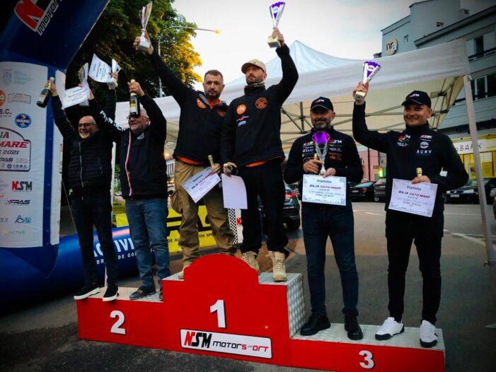 "Cheloo pe podium la Baja Satu Mare (Foto). Ce spune solistul trupei ""Parazitii"" ?"