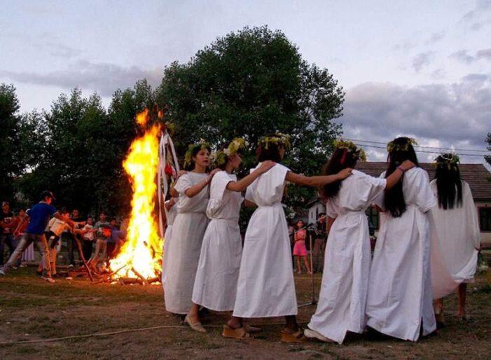Tradiții și obiceiuri de Rusalii, ce este interzis astăzi