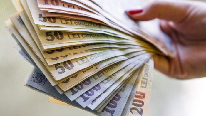Salariul minim ar putea crește. Guvernul face noi promisiuni