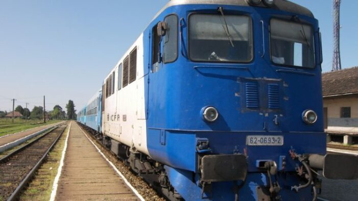 Călători blocați în trenul Baia Mare – Mangalia