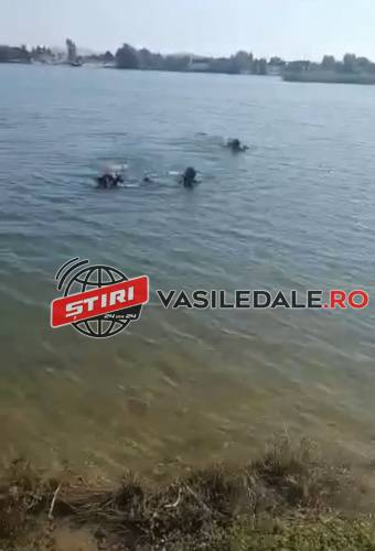 Trupul lui Sorin scos din apa, sub ochii parintilor si al fratelui (Video)