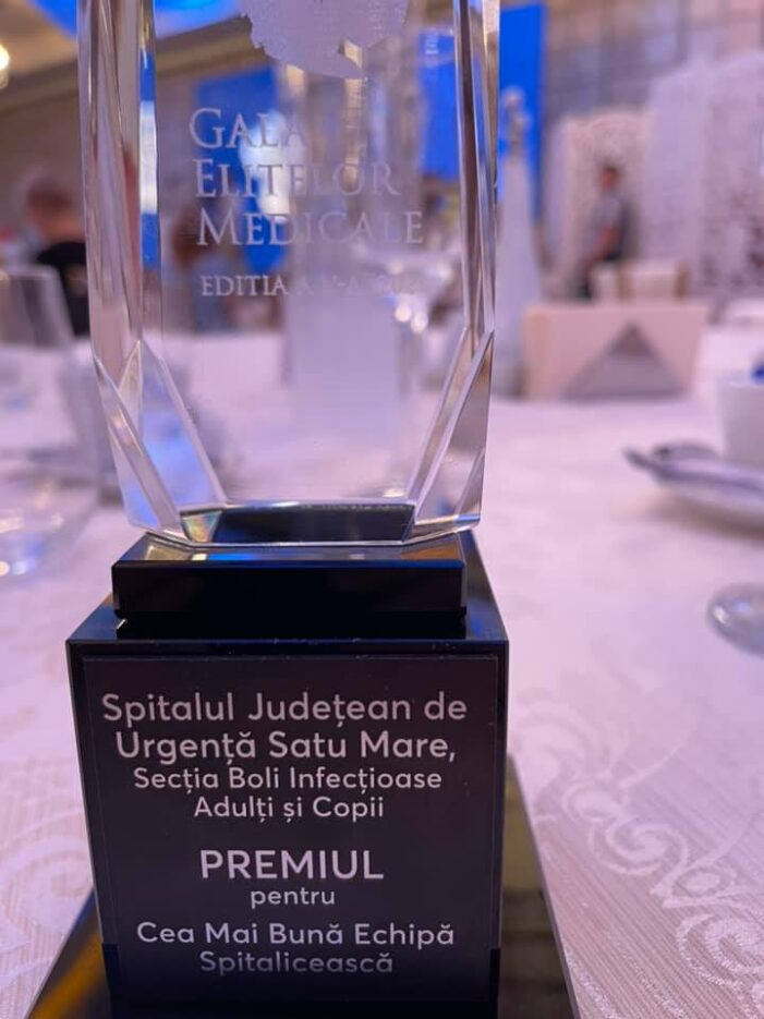 Sectia de Boli Infectioase de la Satu Mare, premiata la o Gala medicala (Foto)