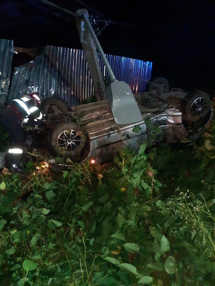 Inca o tragedie ! Fata de 15 ani moarta intr-un accident ! (Foto)