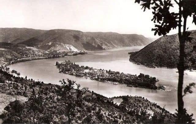 Cer și pământ romanesc … A fost odată o insula romaneasca, Ada Kaleh …
