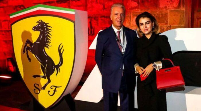 O româncă este iubita patronului de la Ferrari. Cine este aceasta (Foto)