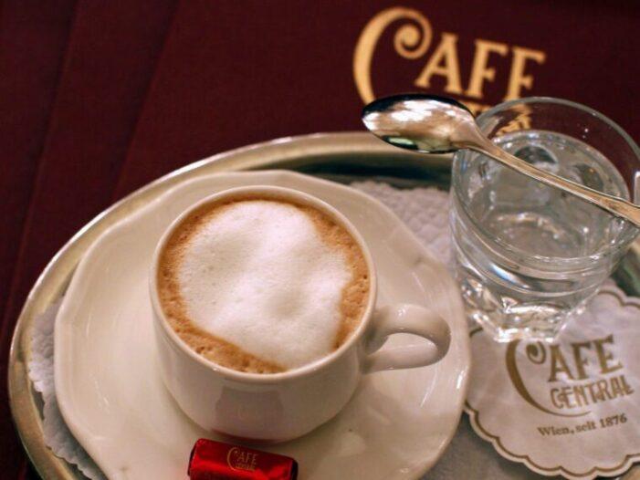 Care sunt prețurile unei cafele în Europa ?