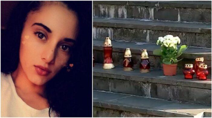 Candele pentru tanara ucisa in accidentul de langa mall, pe treptele Palatului de Justitie (Foto)