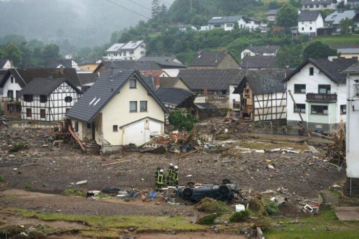 Români prinşi la furat în zone din Germania afectate de inundaţii