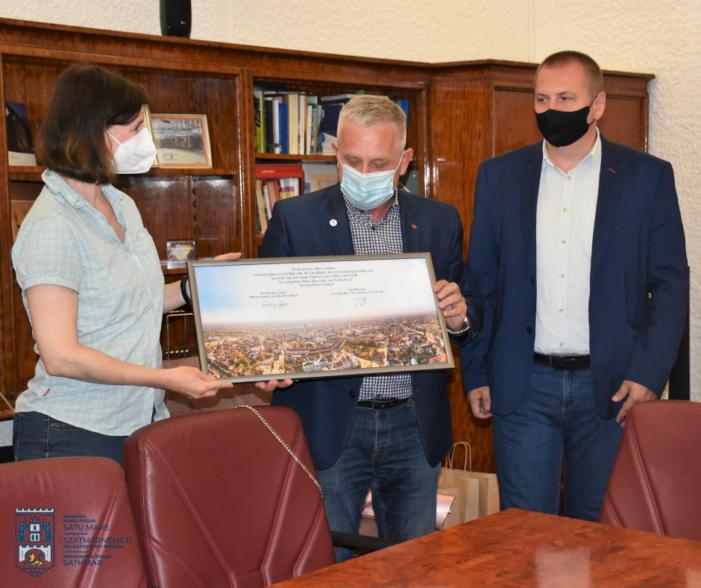 Cetatean de onoare, felicitrat de Primaria Satu Mare
