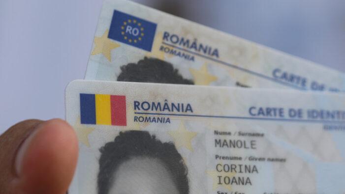 Primele cărți electronice de identitate vor fi înmânate titularilor în luna septembrie