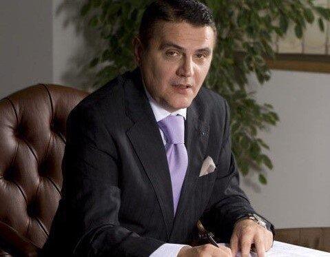 Fostul ministru Ovidiu Silaghi, la Urgente ! S-a inecat cu o bucata de usturoi !