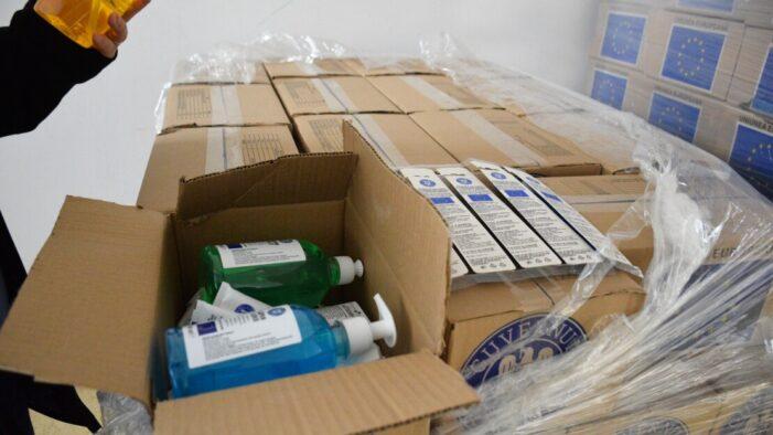 O noua transa de produse alimentare si de igiena pentru persoanele defavorizate