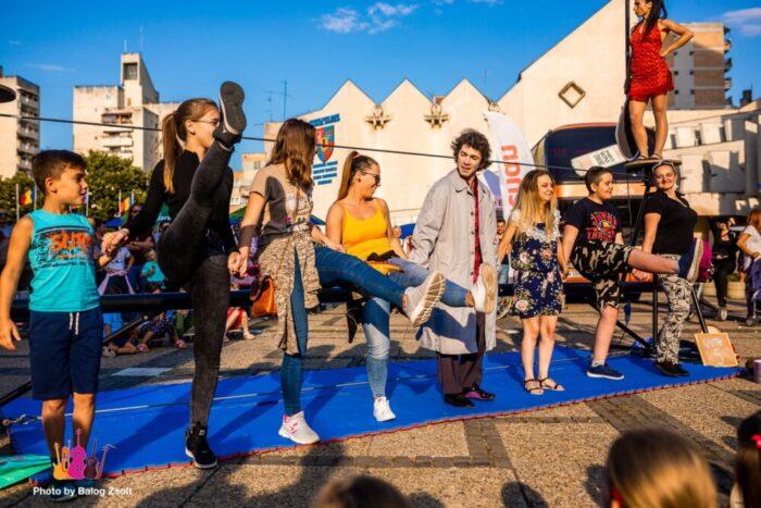"""""""Street Music Festival"""" aduce la Satu Mare, atmosfera muzicii de stradă"""
