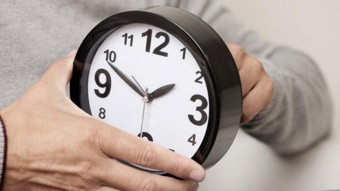 Data în care trebuie să schimbăm ceasurile
