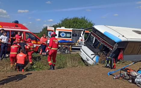 Bilantul accidentului de langa Valea lui Mihai. Autobuzul condus de un satmarean (Foto)