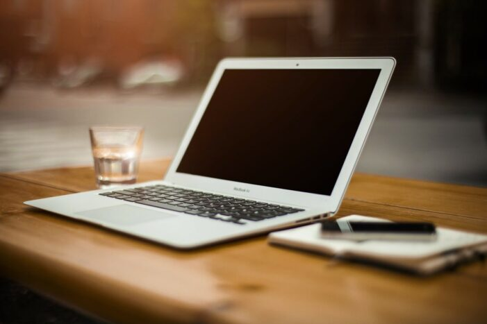 Ministrul Educației: Cursurile predate online parțial sau total vor fi recunoscute