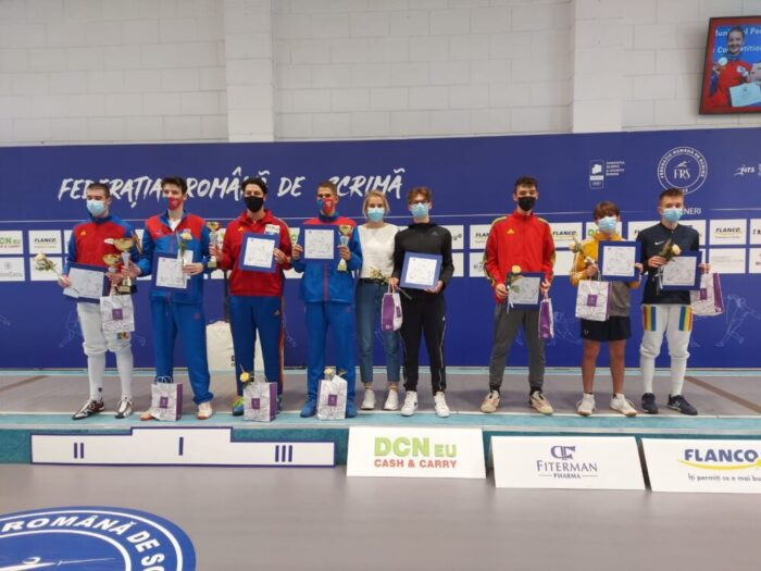 Doi satmareni pe podiumul Cupei Romaniei la spada juniori