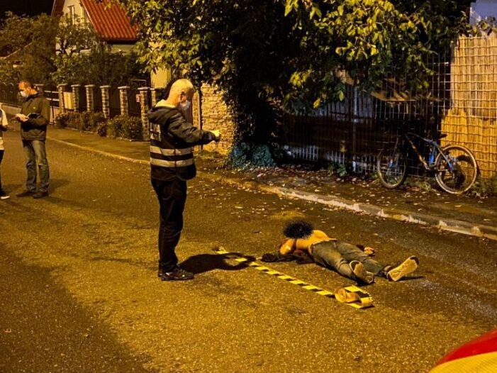 Tanar de 21 de ani gasit mort pe strada (Foto)