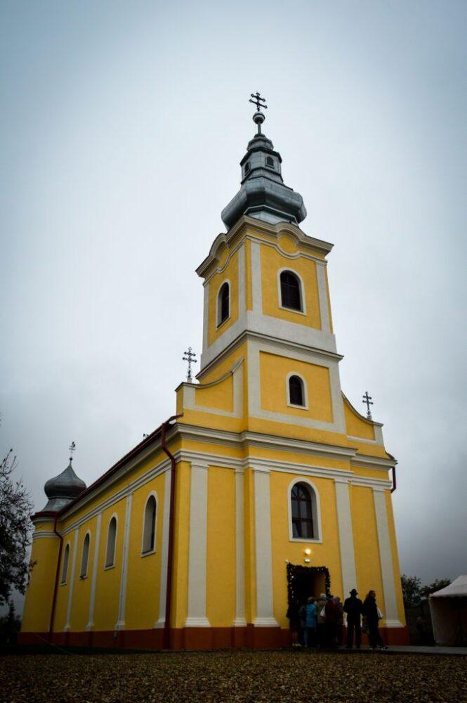 Biserica greco-catolica din Peles, restaurata